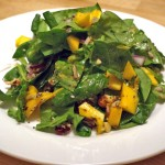 Quinoa met spinazie-mangosalade